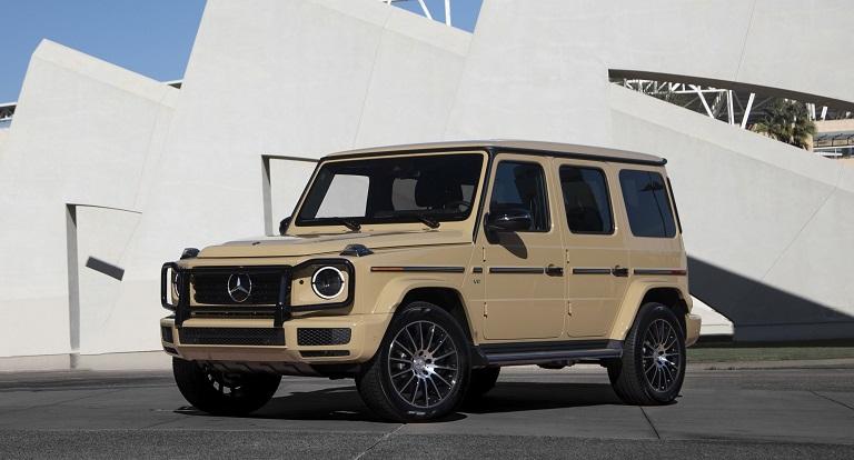Машина Mercedes G-Class